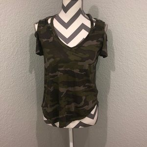 Express Camouflage tee